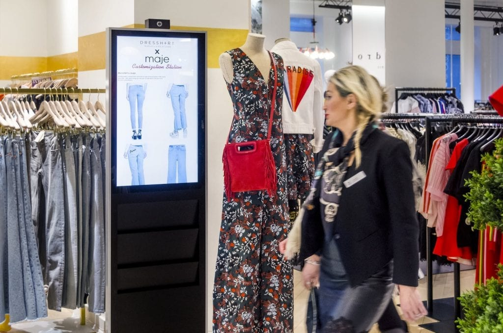 metroclick-bloomingdales-kiosk-solution