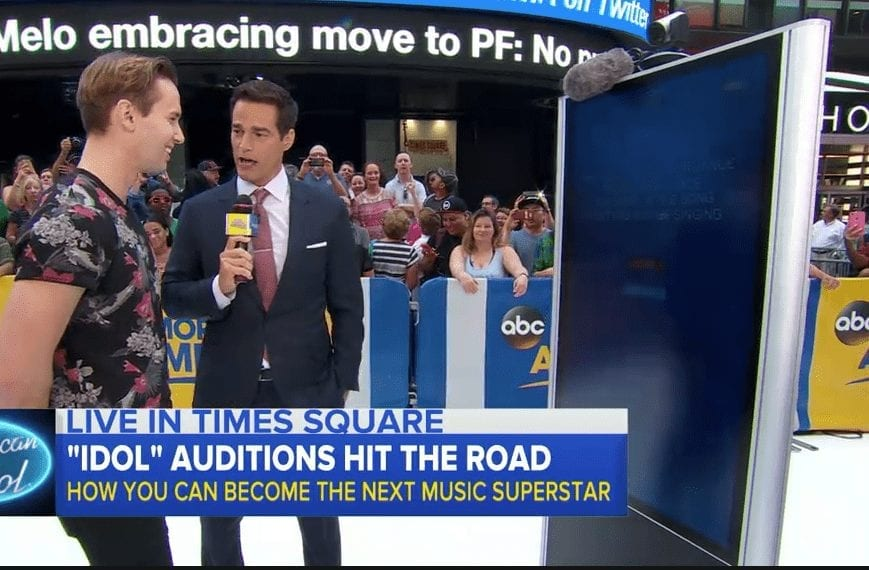 MetroClick – American Idol Kiosk Featured at Auditions in Times Square